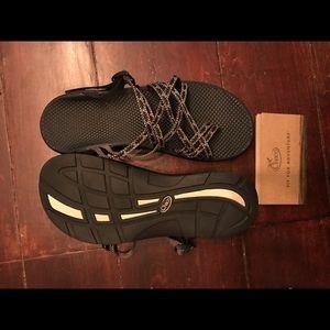 NIB Women's Chaco Sandals
